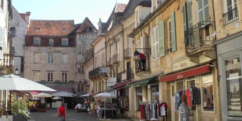 Commerces à Semur-en-Auxois